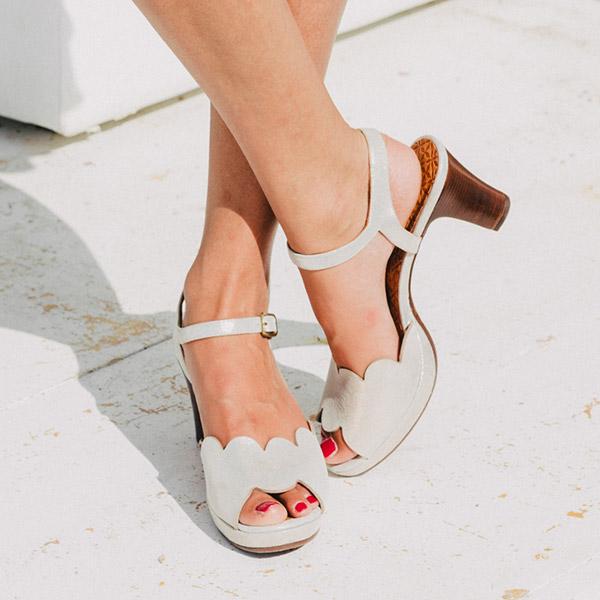 薄底浅口皮鞋